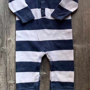 1  piece boy sweater material outfit 6-12 months